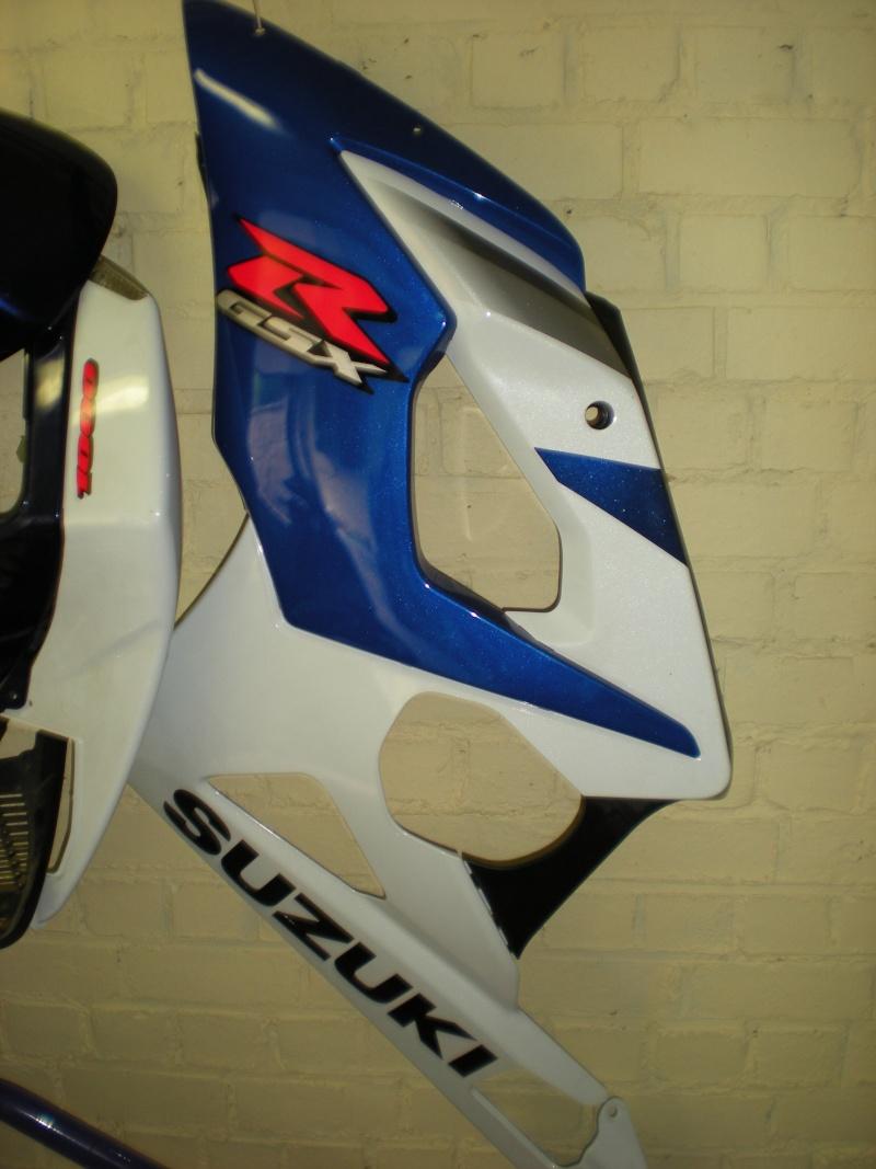 moto racing vends car nage suzuki gex 1000 2005 2006. Black Bedroom Furniture Sets. Home Design Ideas