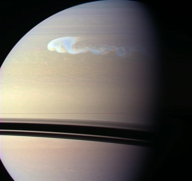 Une gigantesque tempête observée sur Saturne
