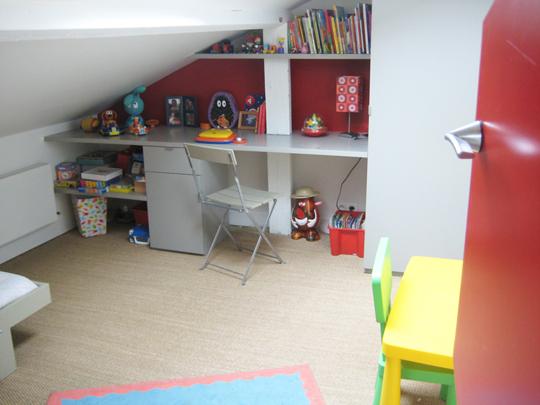 am nager un mini coin bureau dans petit salon. Black Bedroom Furniture Sets. Home Design Ideas
