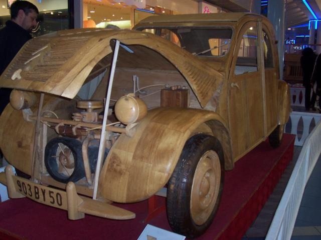 2cv en bois. Black Bedroom Furniture Sets. Home Design Ideas