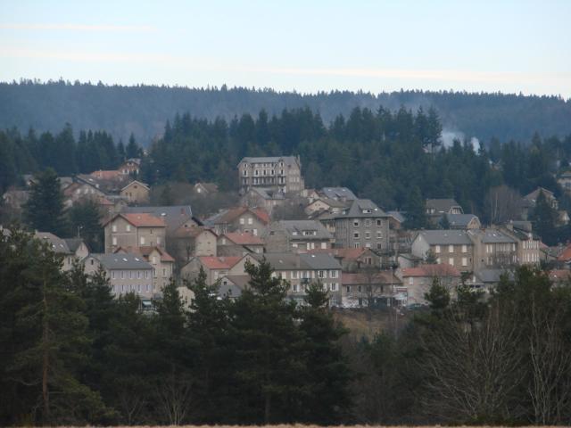 Depuis peu, le village du Chambon-sur-lignon est dirigé par la mairesse Wauquiez La Motte