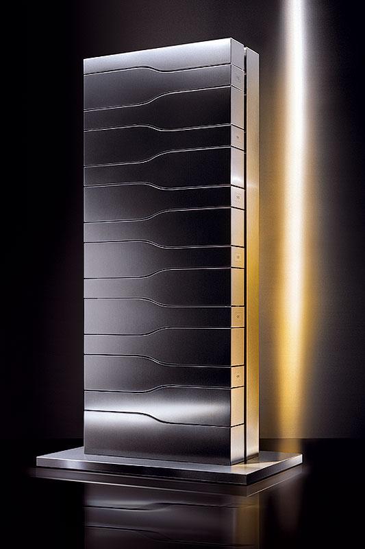 Cave vins vertical limit by porsche design for Cave a vin design contemporain