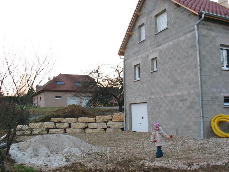 Terrassement le blog de la construction de daniel et val rie for Terrassement garage