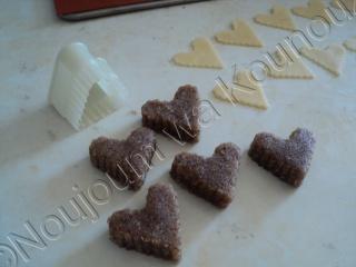 Coeurs aux petits noeuds avec moule silicone 3 bordures coeurs17.jpg