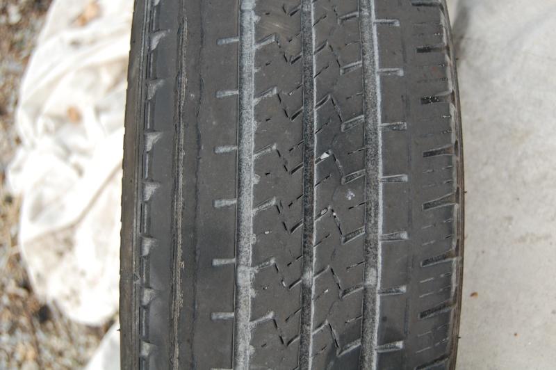 Un pneu nerv for Pneu use exterieur