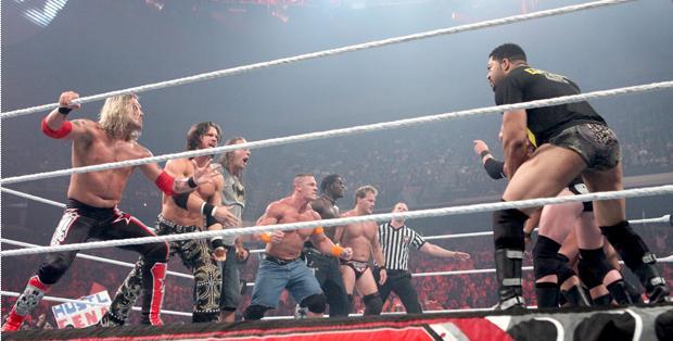 Exclusive WWE.RAW.10.08.10 XVID 753MB Rmvb untitl24.jpg