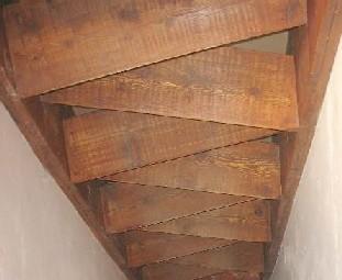 Escalier japonais pas d cal s for Construire un escalier en bois interieur