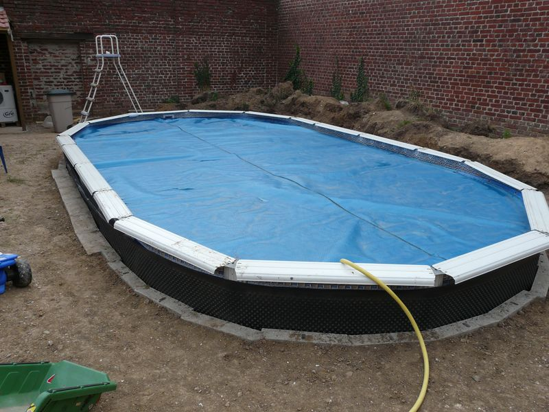 J 39 enterre ma piscine hors sol piscines r alisations for Enterrer une piscine en bois
