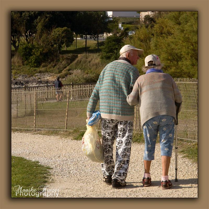 Un vieux couple for Exterieur nuit jacques bral