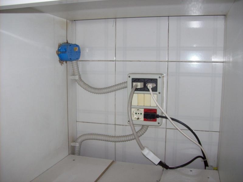 Impianto cucina posizione prese elettrodomestici - Mobile per lavastoviglie da incasso ...