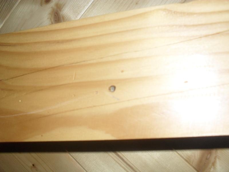 Trous de vers diagnostics traitements page 2 for Traitement des poutres en bois par injection