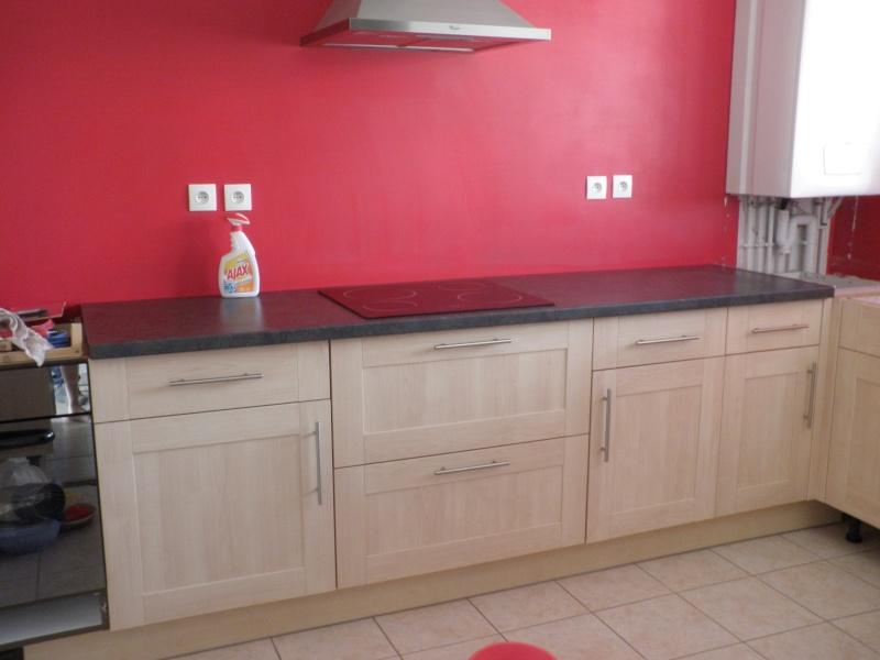 La cuisine c 39 est reparti for Peinture rouge pour cuisine